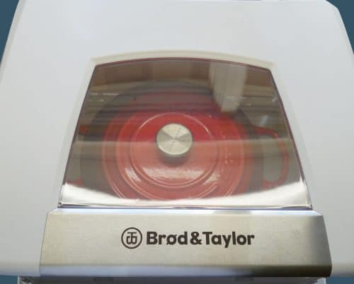 Lid of Proofer closed