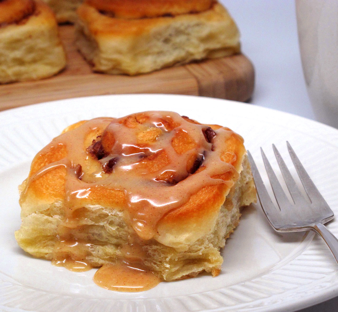 cinnamon roll with fork for web
